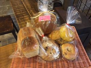 天然酵母パンと季節のナチュラルスイートケーキセット